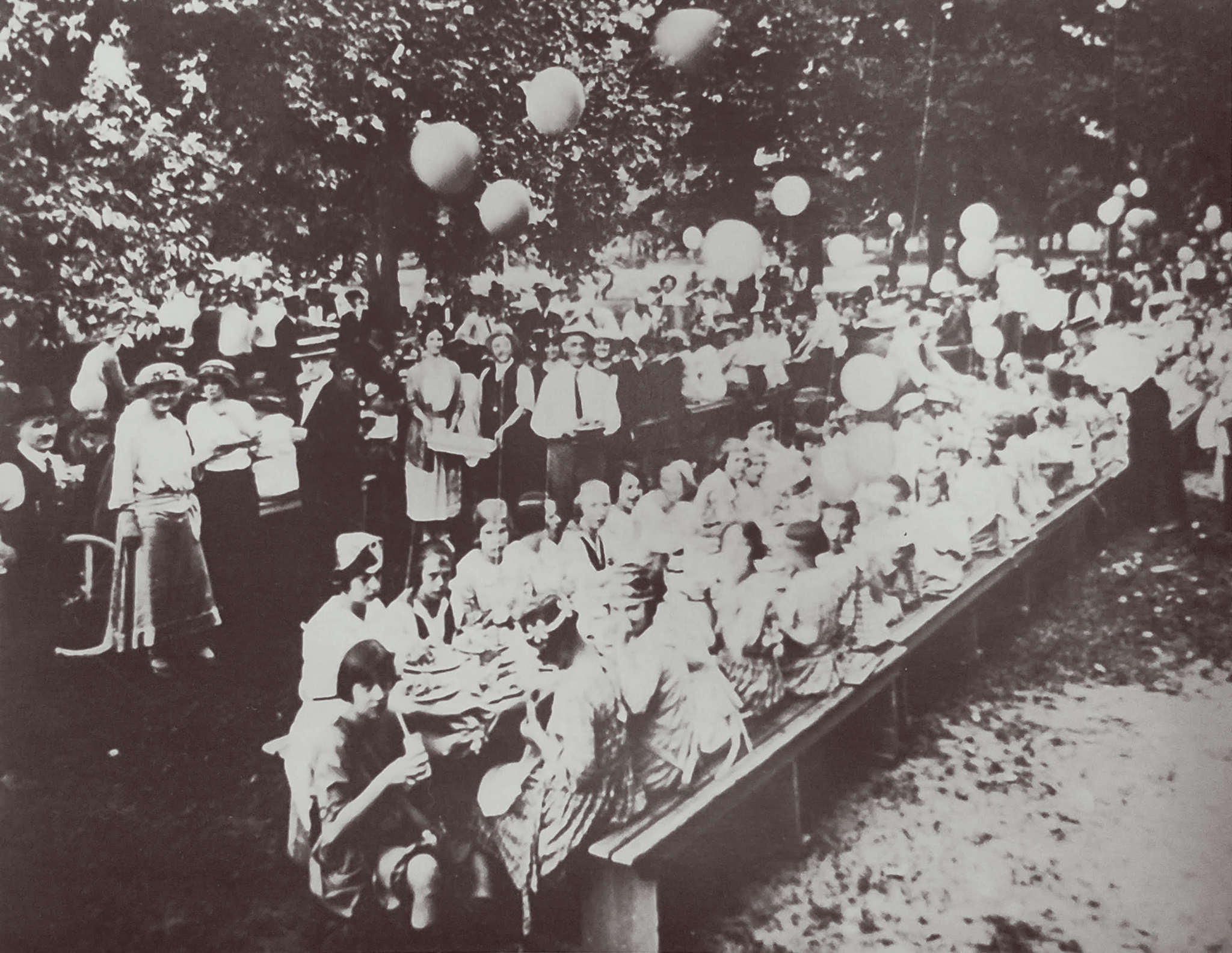 Exchange Club Picnic in 1915